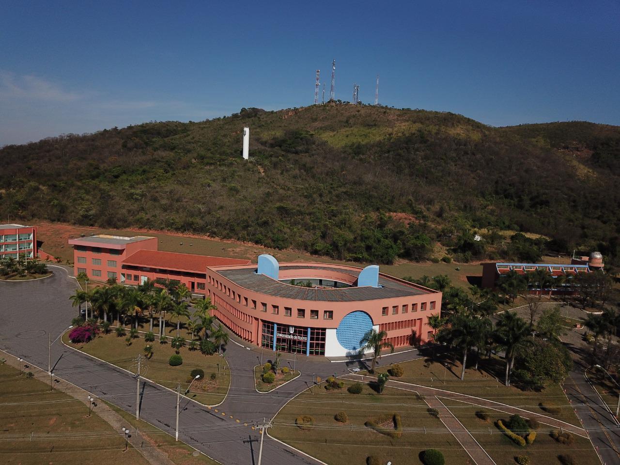 Campus 9